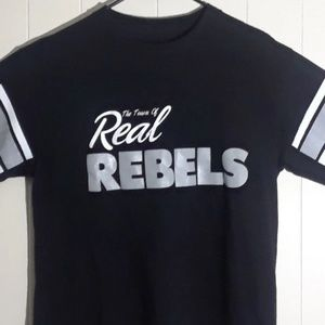 Other - RAIDERS REAL REBELS TOWN  T SHIRT ADULT  MEDIUM SZ